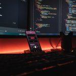 نحوه انتخاب بین IDE و ویرایشگر متن